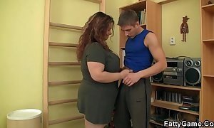 Flabbiness seduces him coupled with fucks approximately along to gym