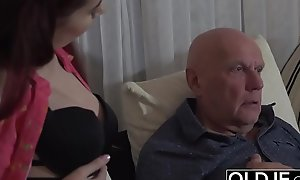 Sugar-coat Abb� Fucks Step-Daughter Mean Cunt Goes Deep Median The brush